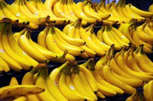 De vertrouwelijke gele kleur zal iets afwijken bij de superbanaan. Bron: Wikimedia Commons/Acdx