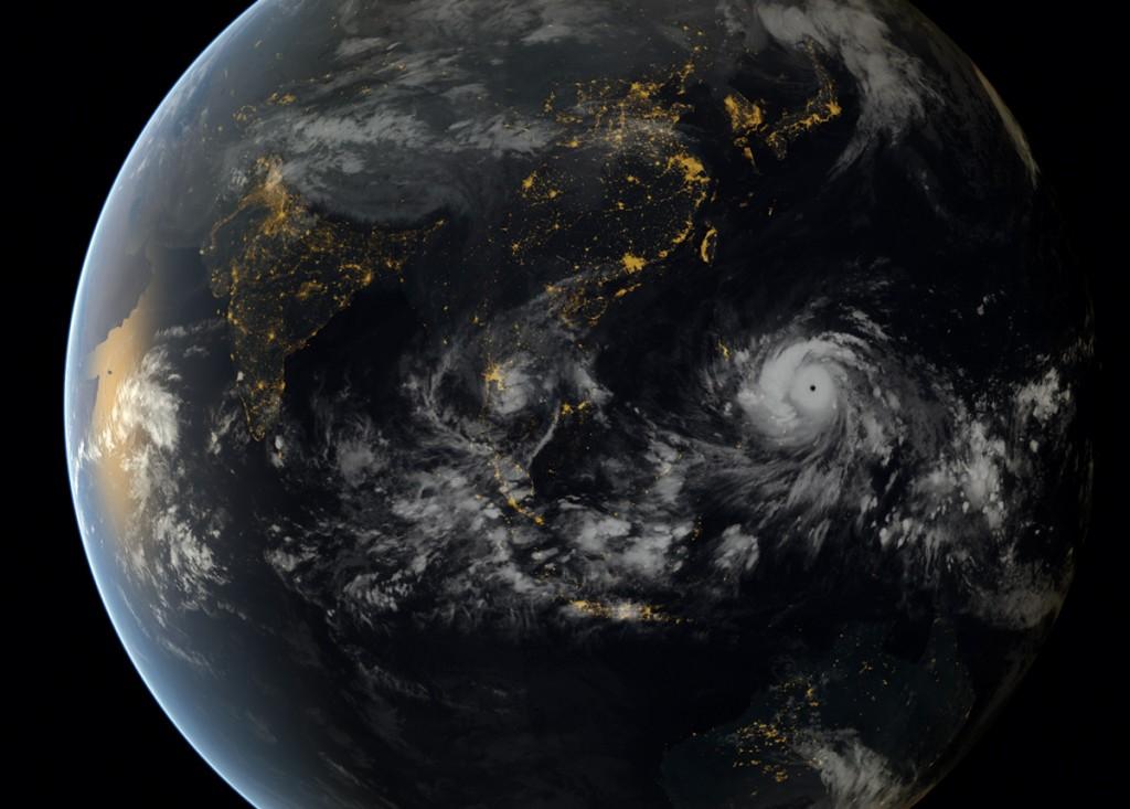 Haiyan vanuit de ruimte. Bron: Japans Meteorologisch Instituut/EUMETSAT