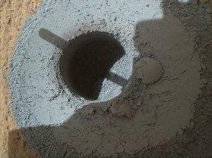 Het boorgat in Telegraph Peak.  Bron: NASA/Curiosity