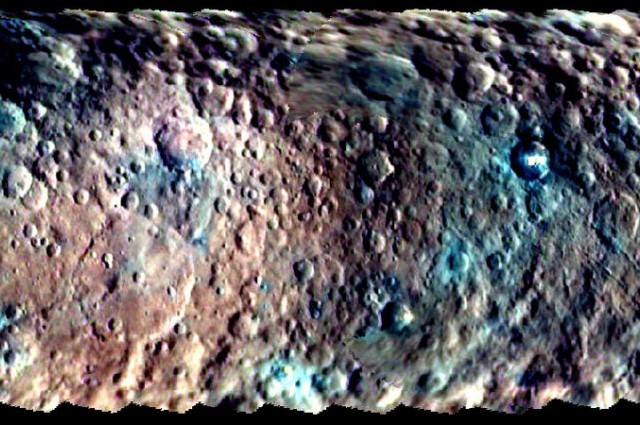 Kleuropname van het oppervlak van Ceres.  Bron: Nasa
