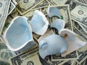 Geen cent te makken? Lenen kan, als je maar betrouwbaar bent. Foto: 401kcalculator.org