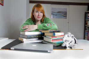 De beroemde wetenschapsjournalist Ionica Smeets geeft een college over het schrijven van pakkende columns. Geïnteresseerd? Meld u dan nu aan voor deze cursus.