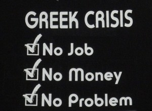 In het uiterste geval kun je nog proberen geld te verdienen met humoristische T-shirts, zoals dit exemplaar, gespot in Athene, in de herfts van 2011. Foto: Duncan Hull (creative commons, via Flickr)