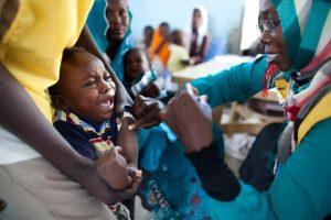 Als alles meezit, krijgt het malariavaccin in 2015 groen licht. Bron: UNAMID