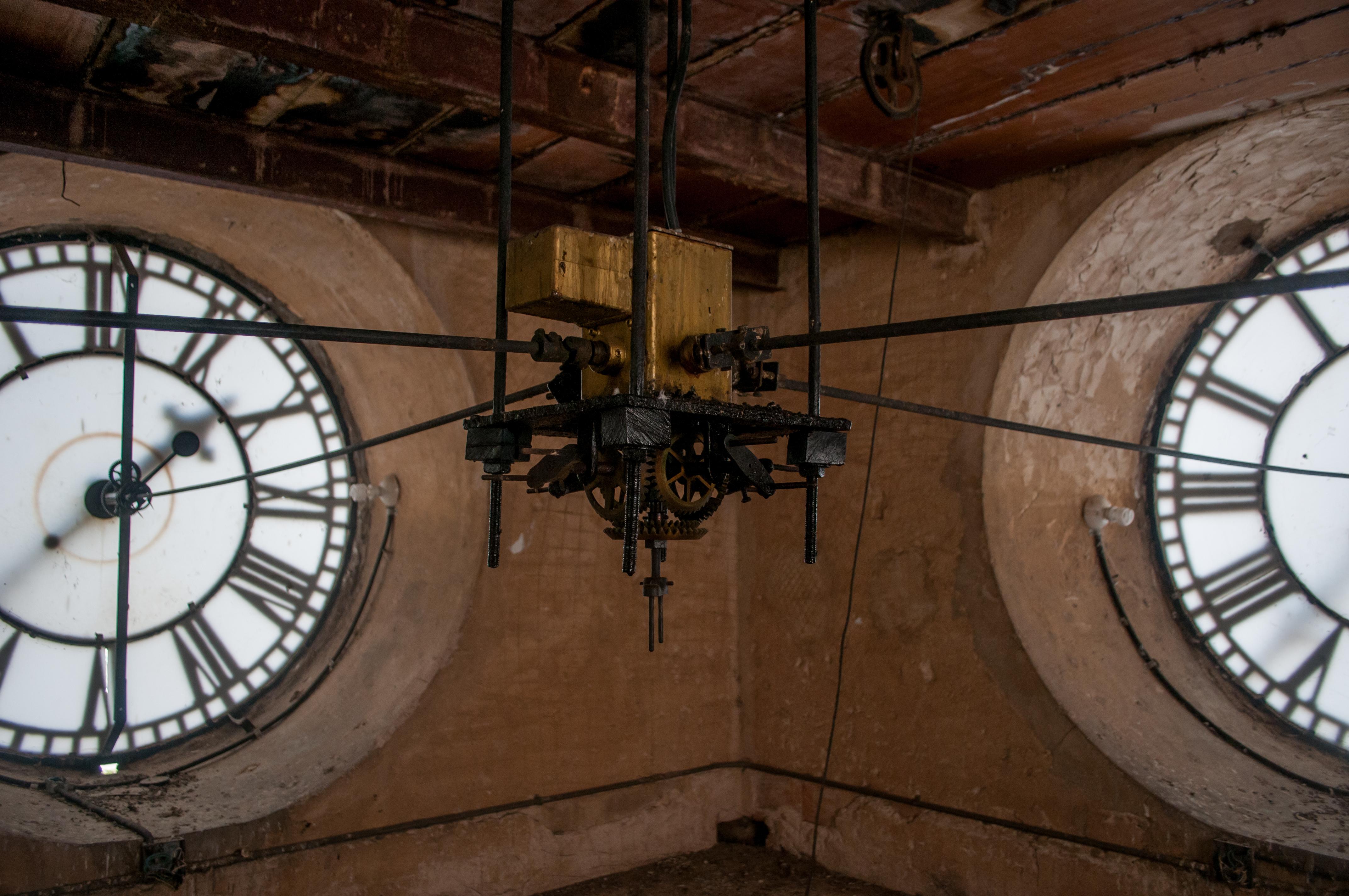 Fysicus bedenkt wiskundig correcte manier om een tijdmachine te bouwen