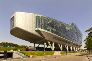 'De schoen' was tot 2014 jarenlang het iconische hoofdgebouw van de ING - de enige Nederlandse sifi-bank. Foto: Wojtek Gurak