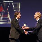 In 2017 won Drian van der Woude de Robbert Dijkgraaf Essayprijs. Hij schreef over de kracht van de twijfel.