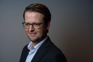 Bert Bakker: 'Is er een overeenkomst tussen de persoonlijkheid van een politicus als Geert Wilders en die van de kiezers die hij aanspreekt?' Foto: Mats van Soolingen