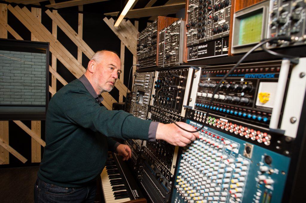 Gerard van Wolferen aan het werk. Foto: Mats van Soolingen