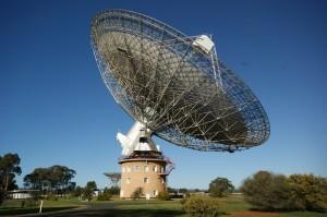 Parkes_Observatory_-Australia-15Aug2009-300x199.jpg