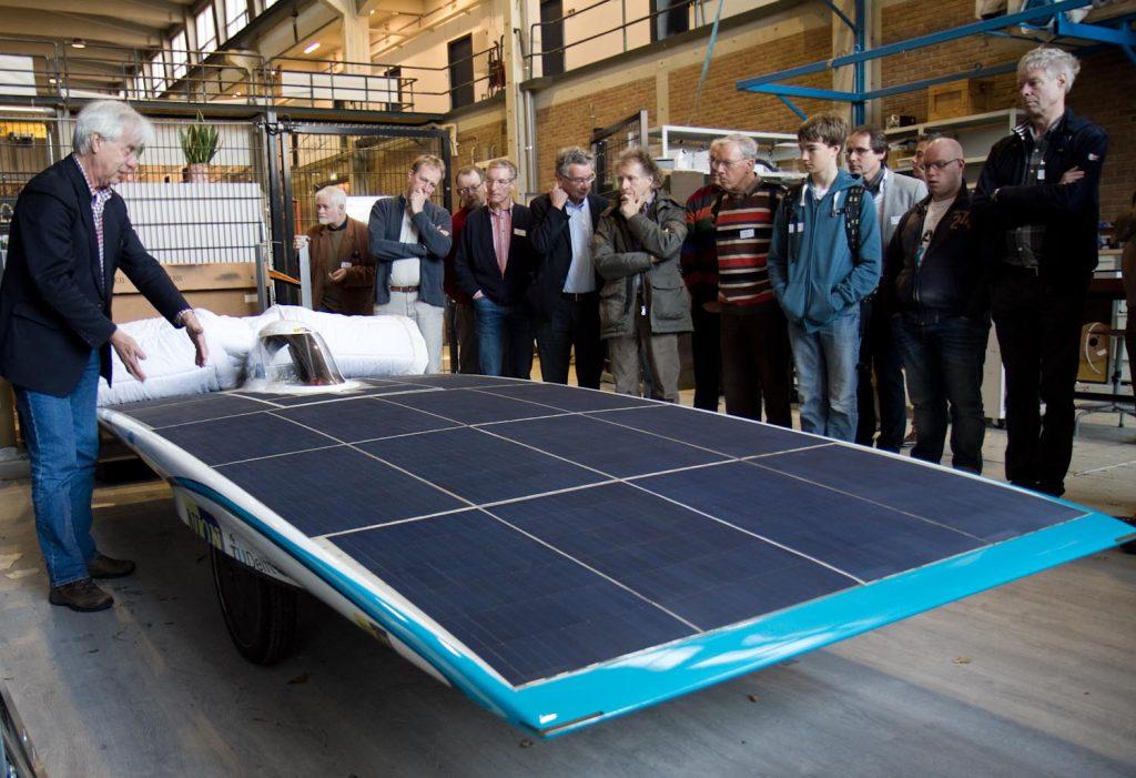 Ook de prijswinnende zonnewagen Nuna7 mocht niet ontbreken.