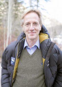 De Robbert Dijkgraaf Essayprijs werd in het leven geroepen als afscheidscadeau bij zijn vertrek naar Princeton.