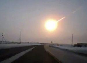 Schokgolf Russische meteoriet ging twee keer de aarde rond