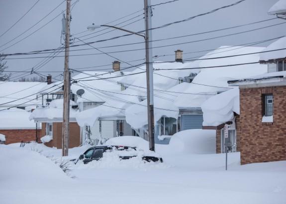 Een hevige sneeuwstorm legde het leven aan de oostkust van de Verenigde staten dagenlang plat.  Foto: Anthony Quintano