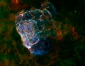 Supernova's leveren mooie plaatjes op. Deze afbeelding toont de overblijfselen van supernova Puppis A in infrarood en röntgenstraling. Bron: NASA