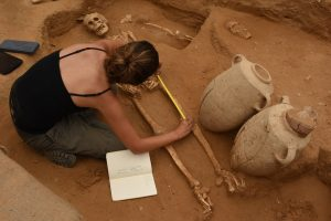 Onderzoekers ontdekten een oeroude begraafplaats Foto: Leon Levy