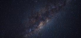 Je ziet ze niet, maar ze zijn er wel: 10.000 zwarte gaten verstoppen zich in het hart van de Melkweg