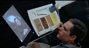 De newspad uit 2001: A Space Odyssey verscheen in sciencefiction al lang voordat de iPad van Apple werkelijkheid werd.