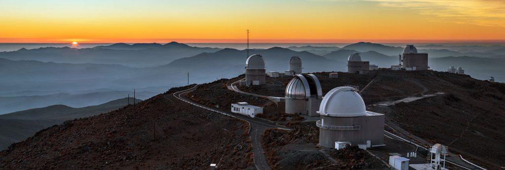 ESO's La Silla observatorium, 2400 meter boven zeeniveau