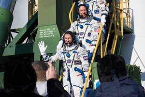 soyuz_tma-19m_crew_members_greeting_audience_at_the_launch_pad-1200x801