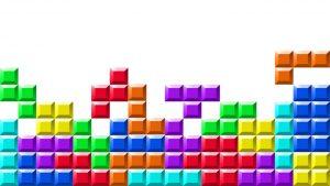 Danica Mast onderzoekt tijdens Lowlands Science de sociale effecten van een potje Tetris