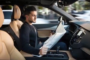 De robotauto zal steeds meer taken van de mens overnemen. Foto: Volvo